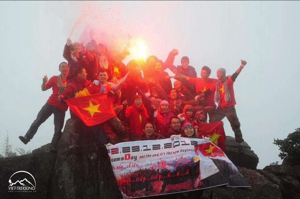 Viettrekking tổ chức tour leo Fansipan 2N1Đ vào các ngày trong tuần!